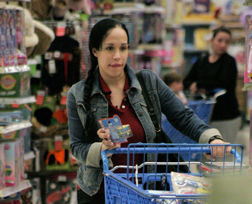 octomom shopping 170309